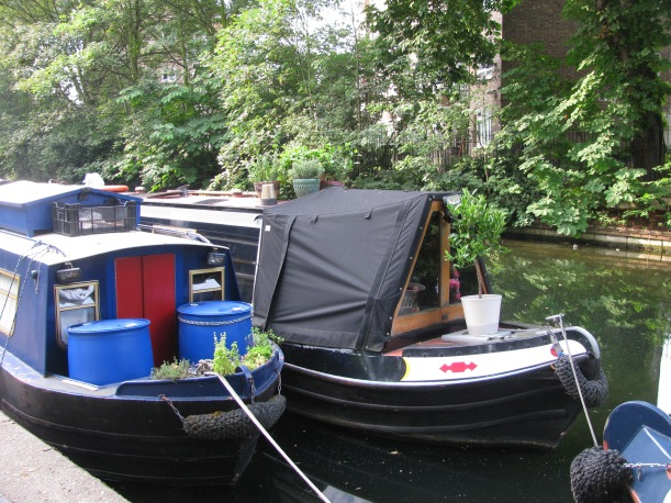 Garden on Canal boat, Hackney, london