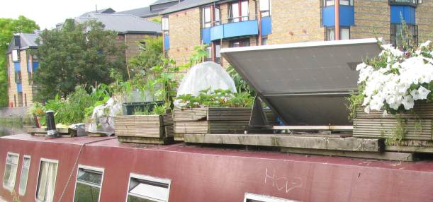 Garden on Regents Canal Boat, London
